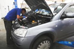 Car repair specialits